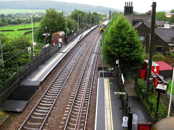 Silsden Station - the left-hand platform goes to Leeds