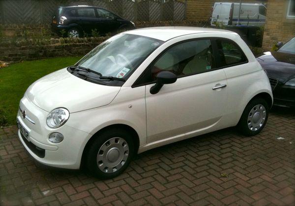 Her Fiat 500